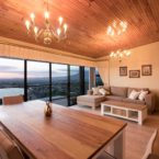 Self catering accommodation - Penthouse Dine with a View