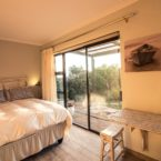 Self catering accommodation - Studio Cottage with private patio